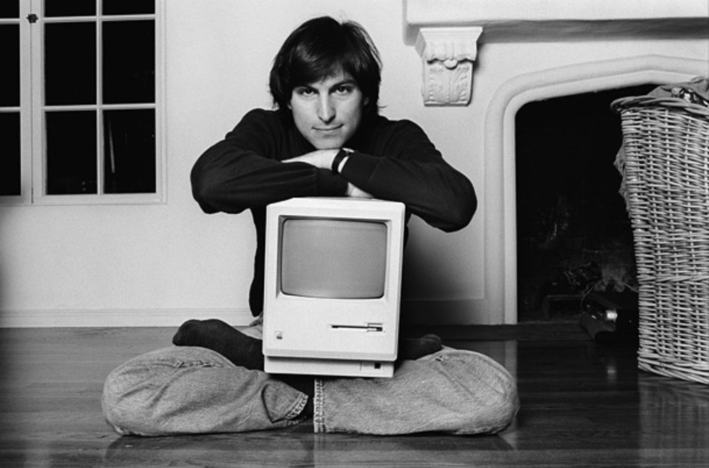 steve-jobs-macintosh_large_verge_super_wide